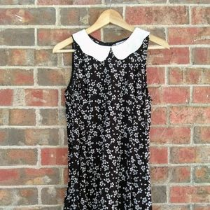 Urban Outfitters floral dress size medium